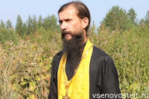 Fr Dmitryi Moiseev