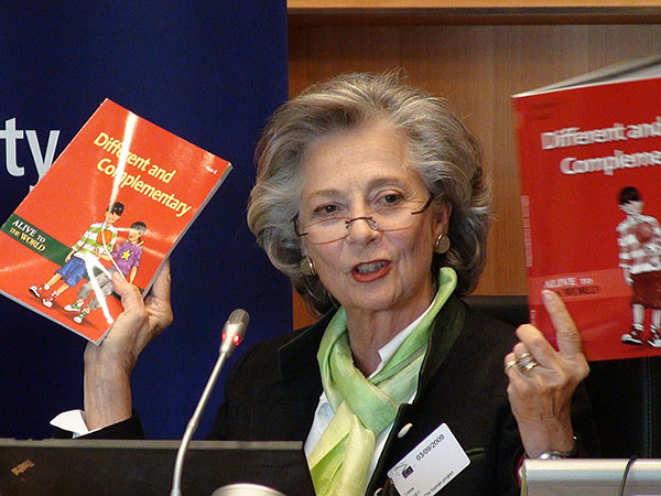 Christine-Vollmer_Alive-to-the-World-Presentation_European-Parliament