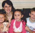 Londra_Andreia-Sutton-Bardeanu-cu-copiii-ei